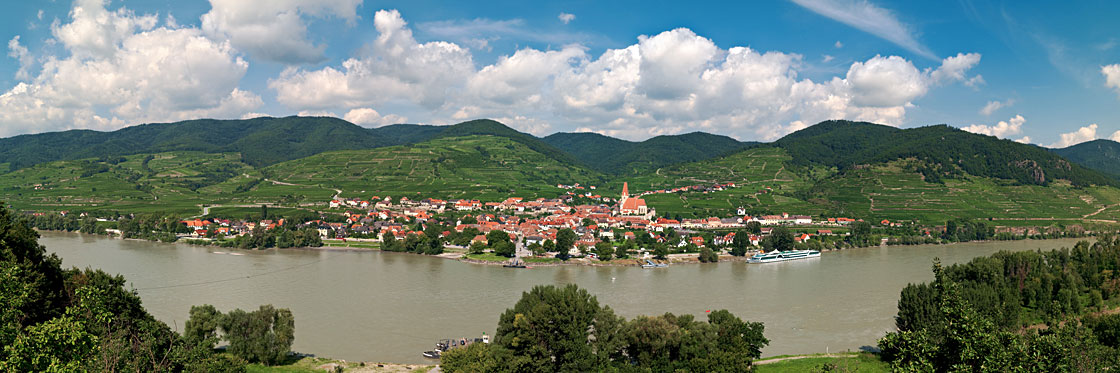 Panorama-Foto-Wachau-Weissenkirchen-1