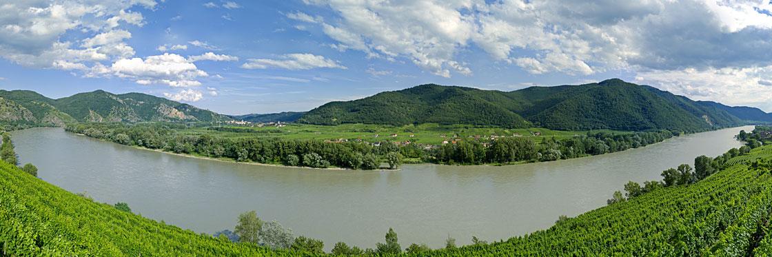 Panorama-Foto-Wachau-Weissenkirchen